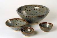Stoneware bowls with blue brown glaze